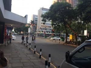 ホテルの前の銀座通り
