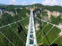 世界最長のガラス橋開通 中国湖南省 - 読んで見フォト - 産経フォト